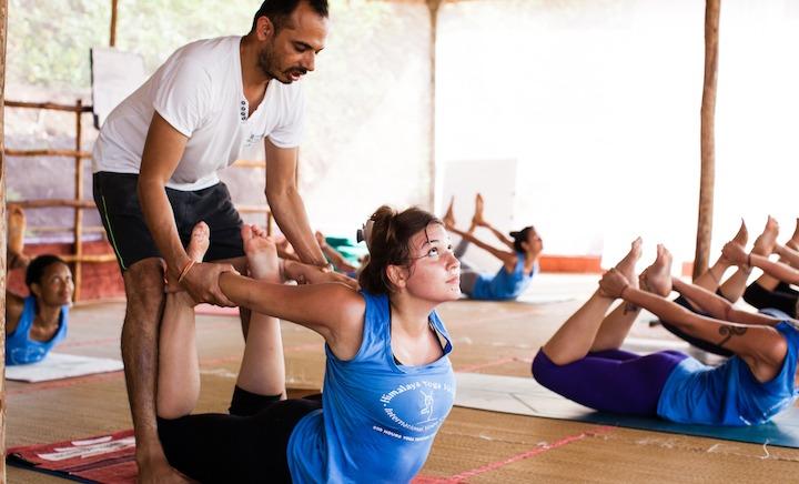 500 Hour Yoga Teacher Training Class Adjustment